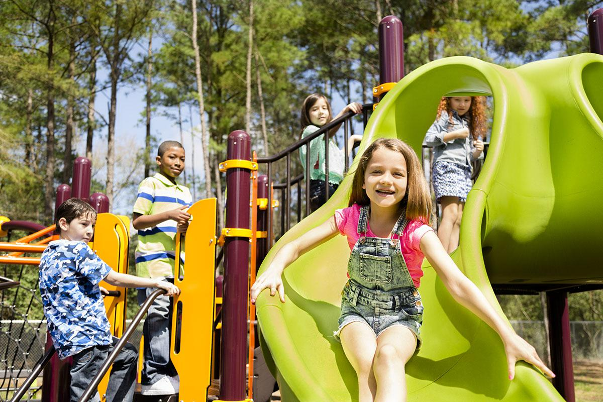 Park at The Ridgeleigh at Van Dorn in Alexandria, VA