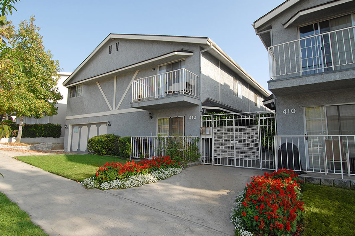 Burbank Village Apartments