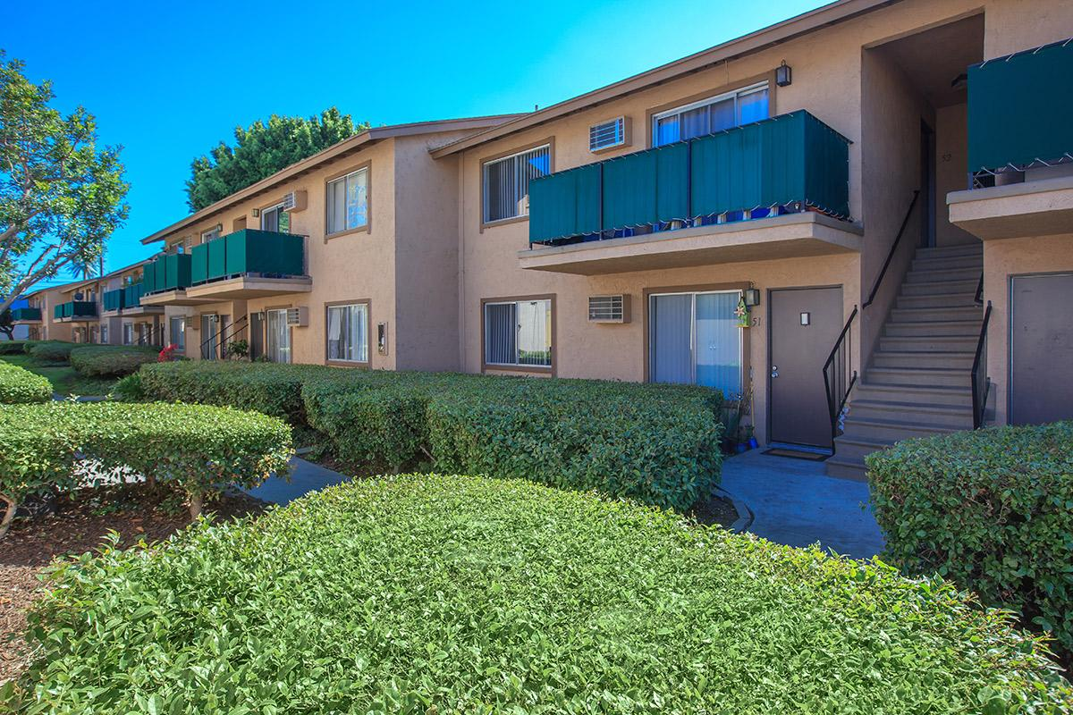 Del Amo Apartment Homes - Photo Gallery