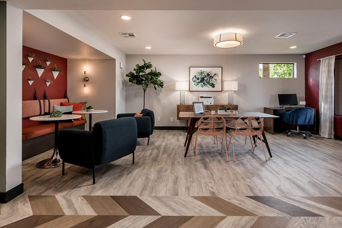 Coral Point Apts - Office - Clubhouse - Online-2.jpg