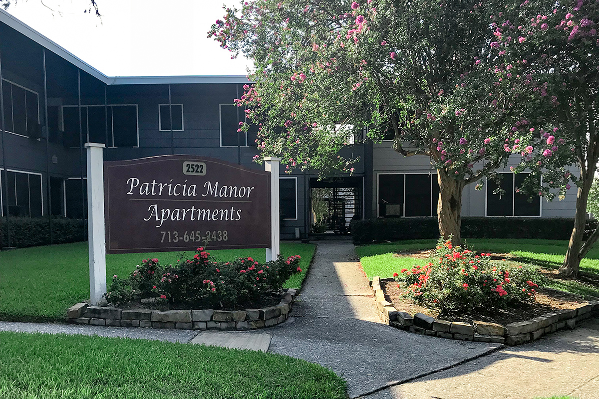 Picture of Patricia Manor