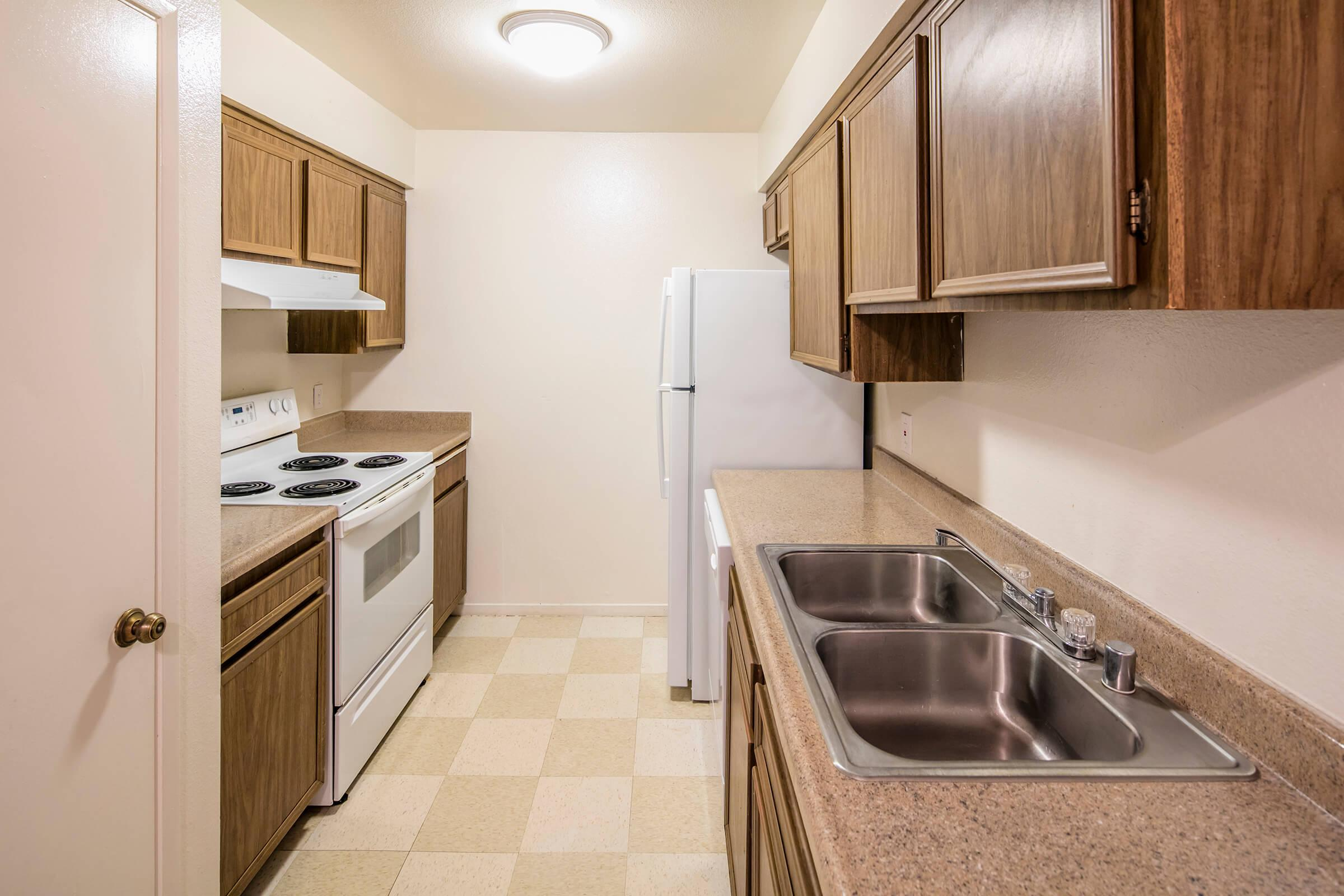 Lindsay Apartments_2016_077.jpg
