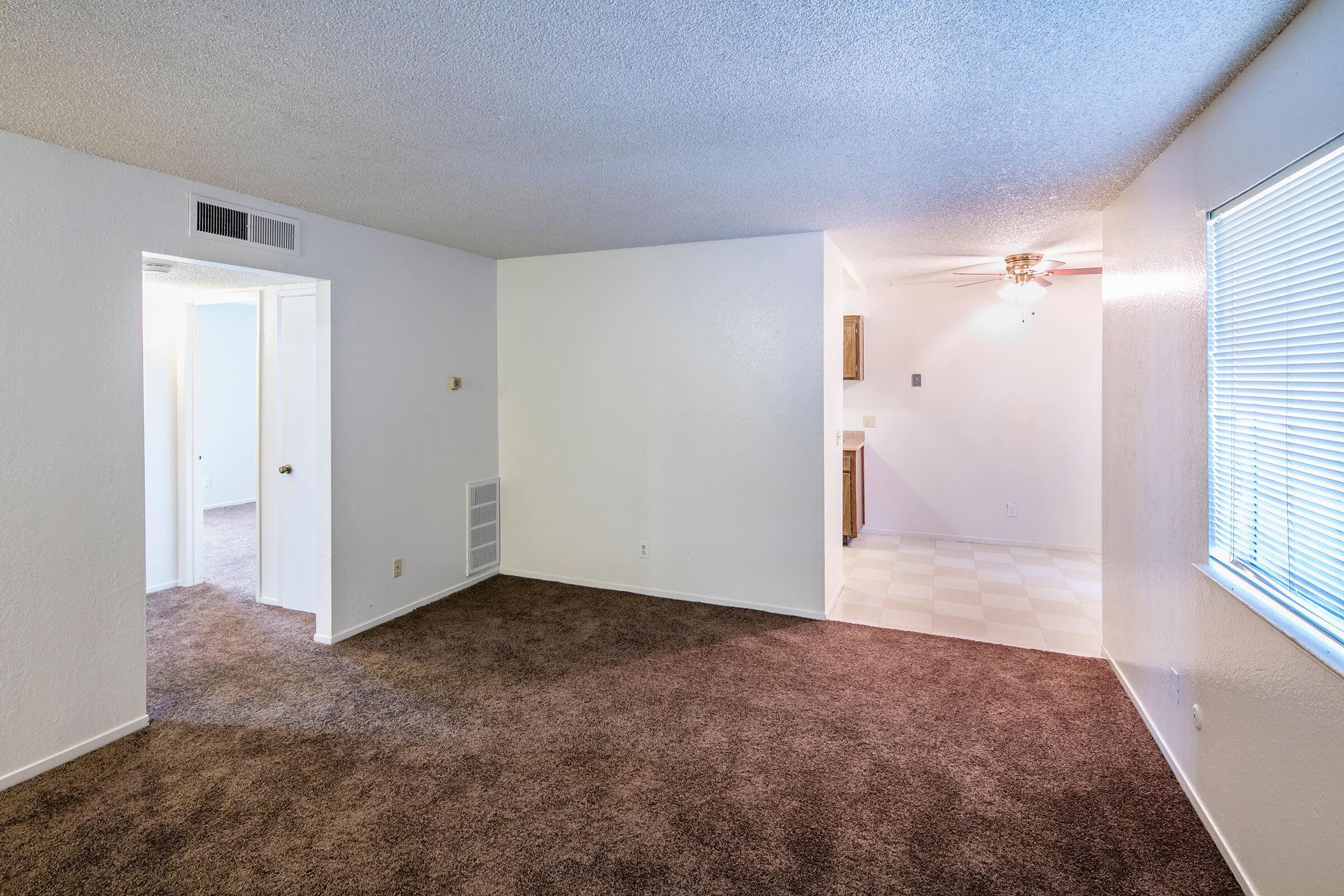 Lindsay Apartments_2016_099.jpg