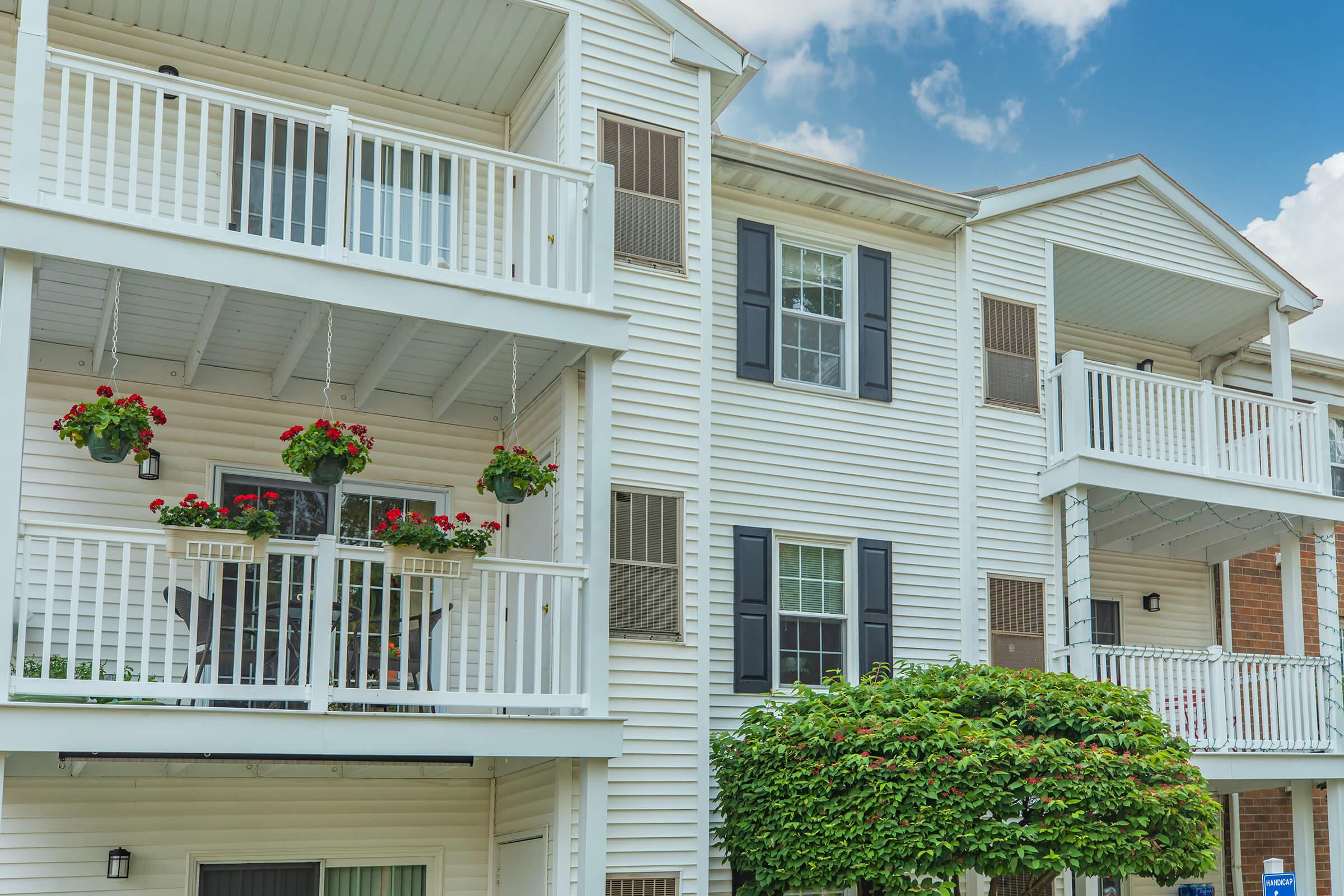 1,2, AND 3 BEDROOM APARTMENTS FOR RENT IN WESTLAKE, OH