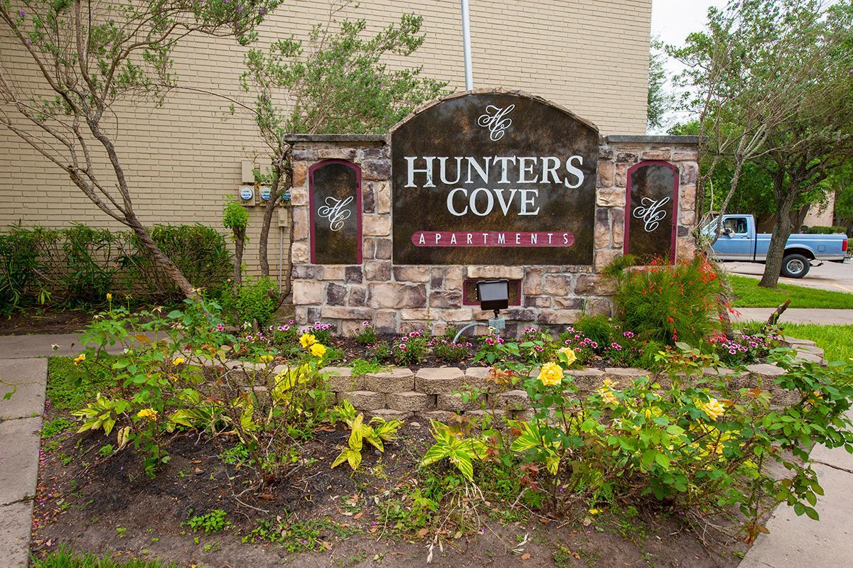 HuntersCove0048.jpg