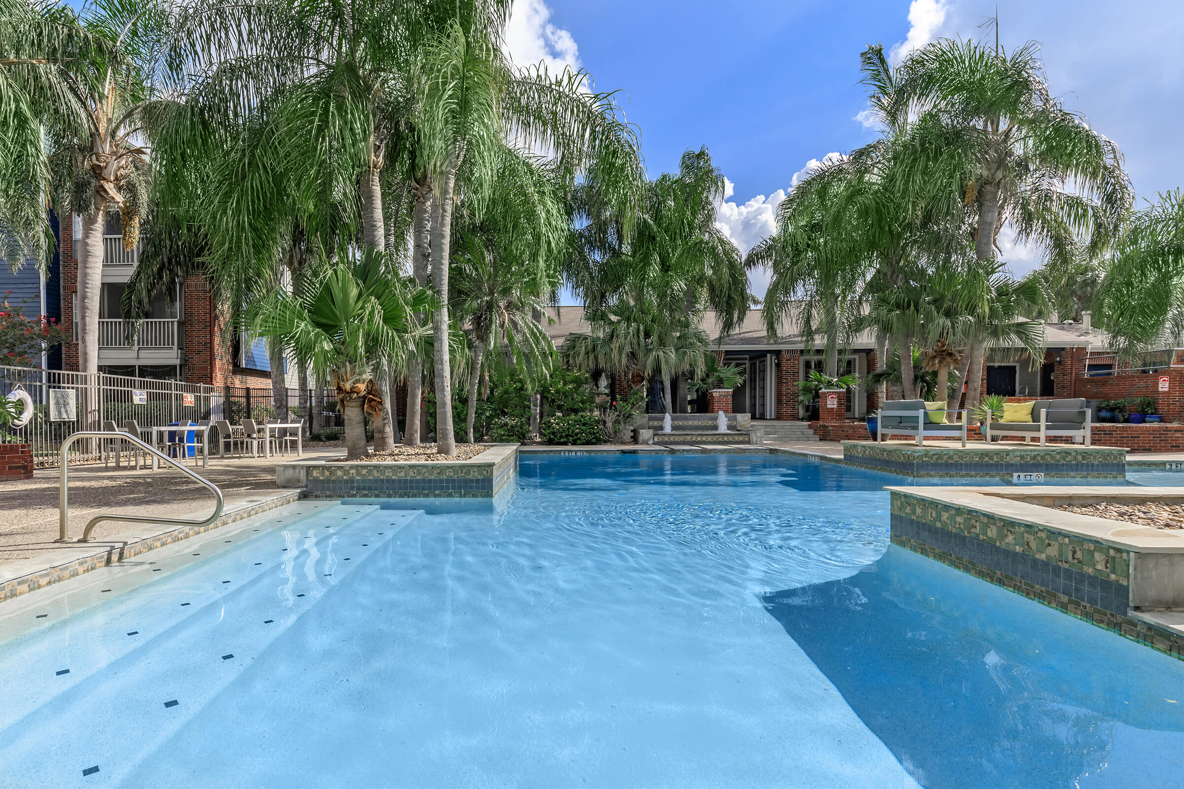 Picture of Sawgrass Apartments