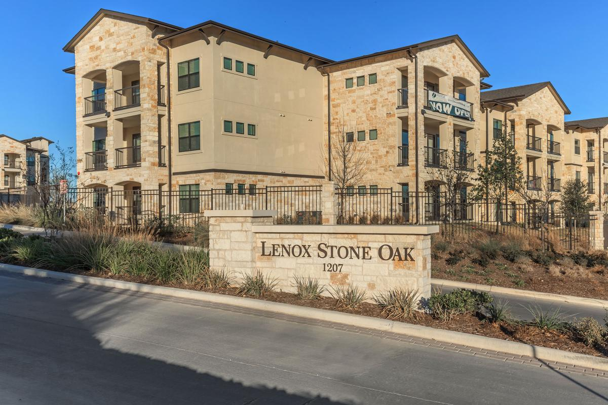 Lenox Stone Oak - Photo Gallery