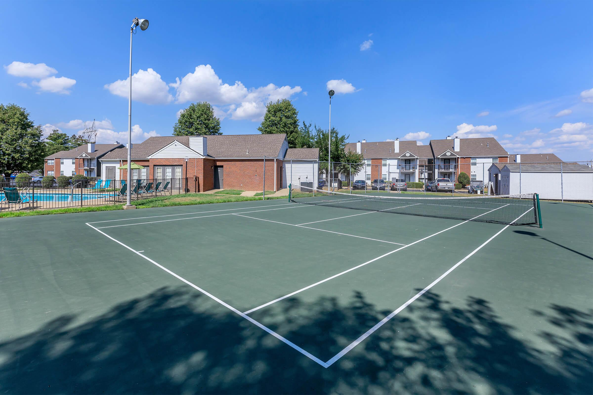 Tennis anyone? Graymere in Columbia, Tennessee