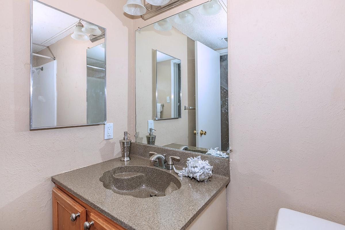 Brooks townhomes photo gallery for 1 bed 1 5 bath