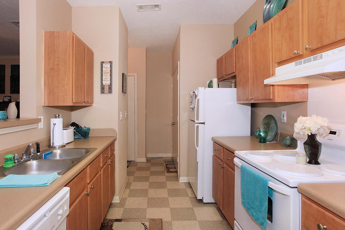 1bed1bath_kitchen.jpg