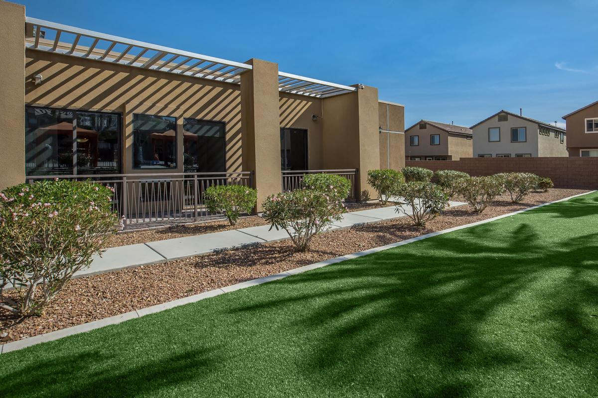 24-HOUR ON-CALL AND EMERGENCY MAINTENANCE AT ECHELON AT CENTENNIAL HILLS IN LAS VEGAS