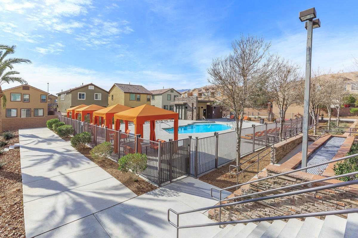 Shaded area by the pool at Echelon at Centennial Hills