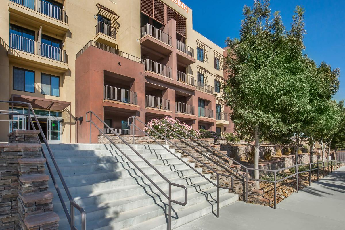 LOVELY APARTMENT HOMES AT ECHELON AT CENTENNIAL HILLS IN LAS VEGAS