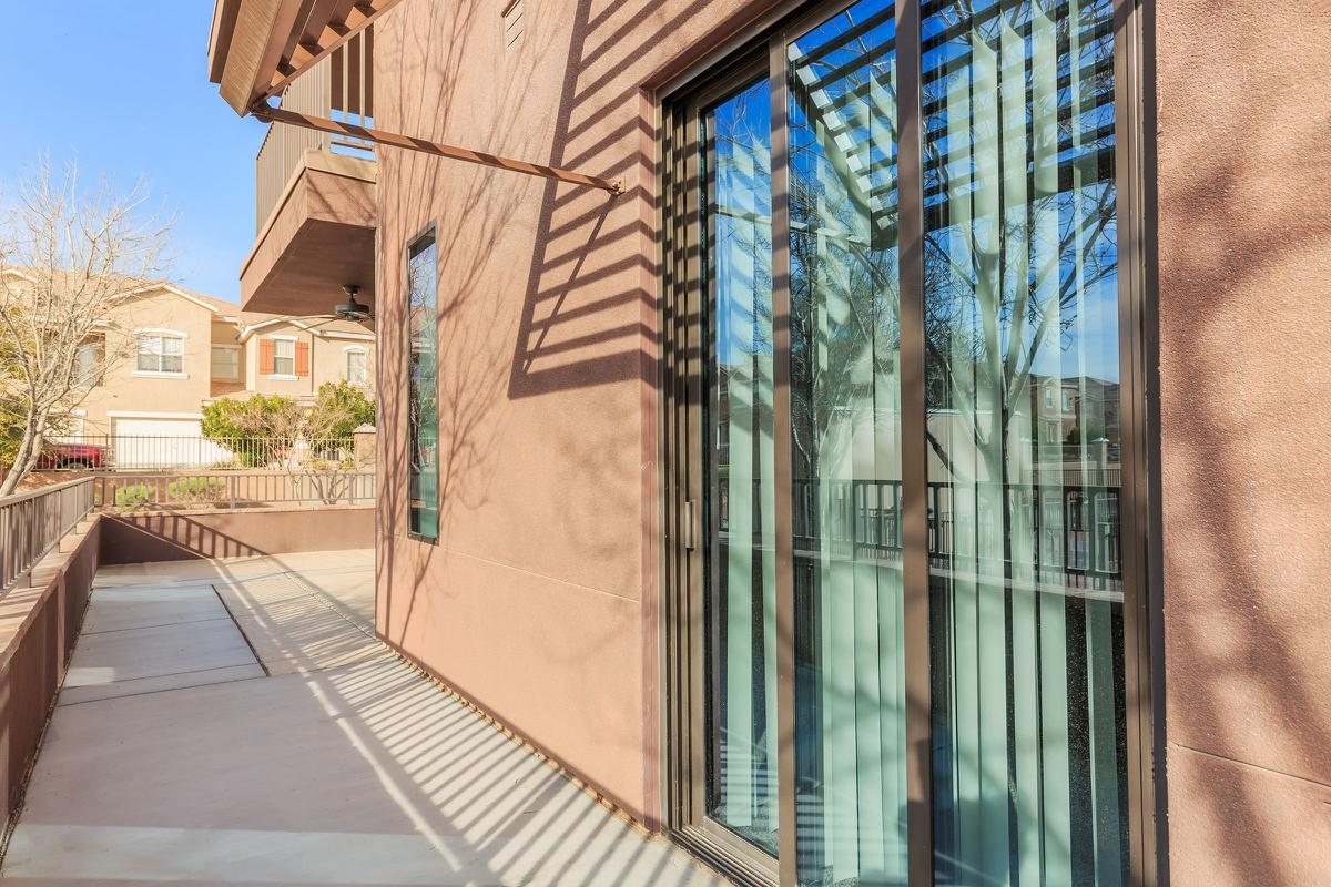 ECHELON AT CENTENNIAL HILLS IN LAS VEGAS HAS OVERSIZED BALCONIES AND PATIOS