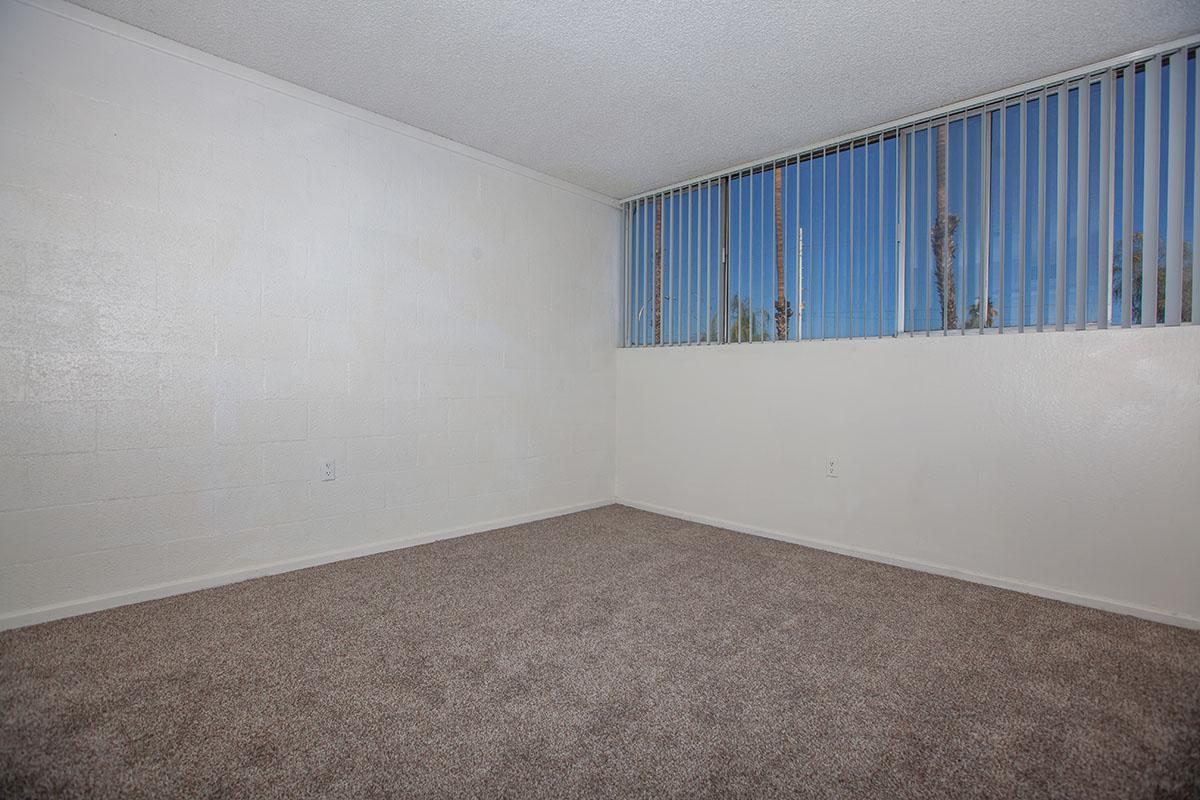 SPACIOUS ROOM AT THE PALMS APARTMENTS IN LAS VEGAS