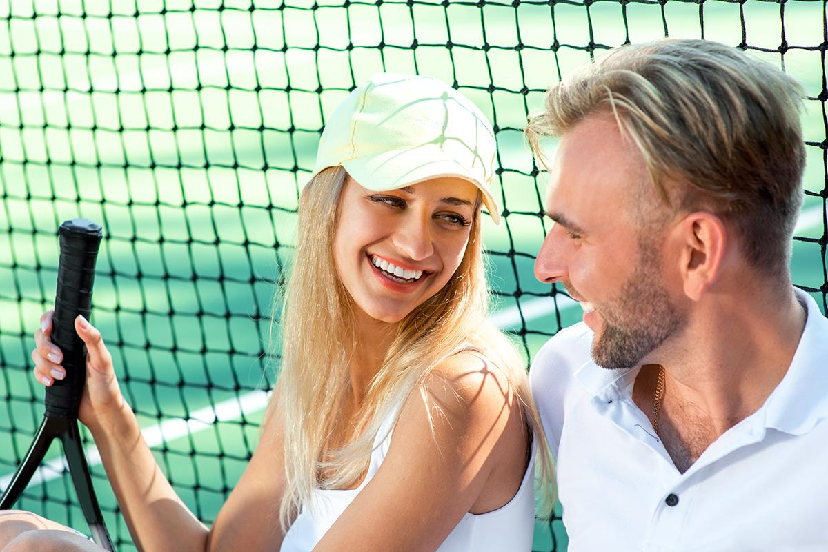 amenities-tennis-couple.jpg