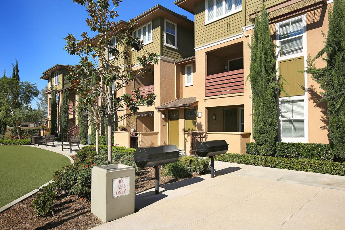 Pradera Apartment Homes Apartments In Anaheim Ca