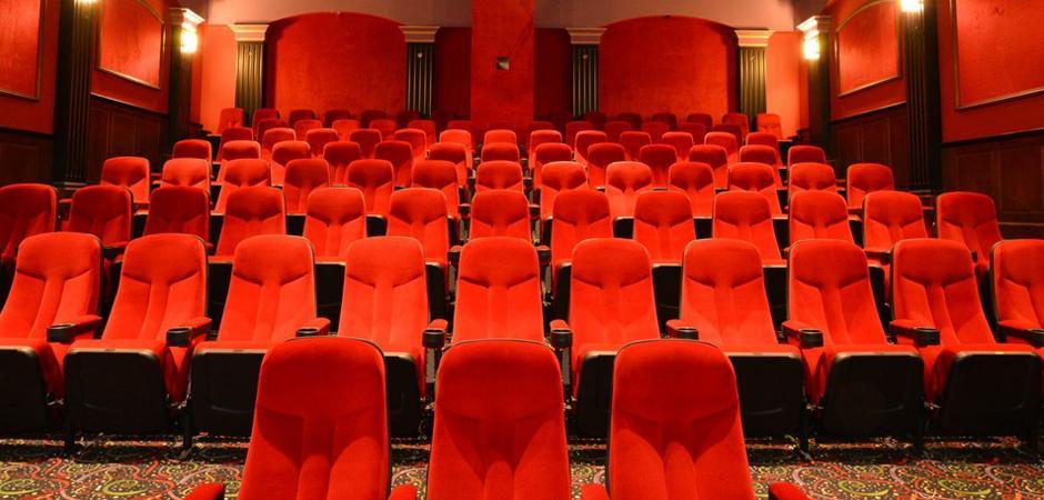 theater02.jpg