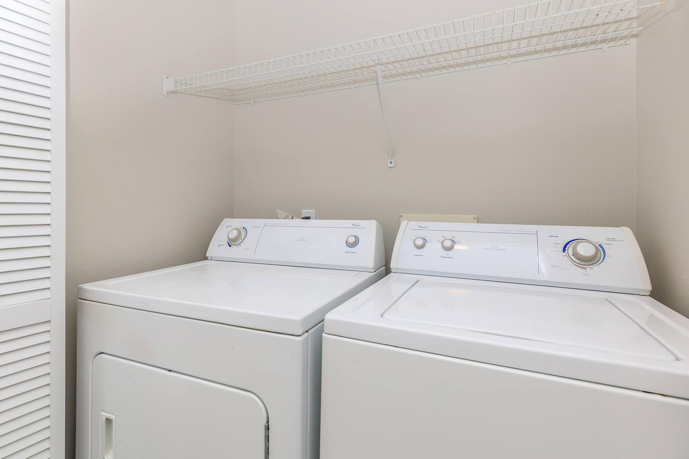Connected washer and dryer in laundry closet