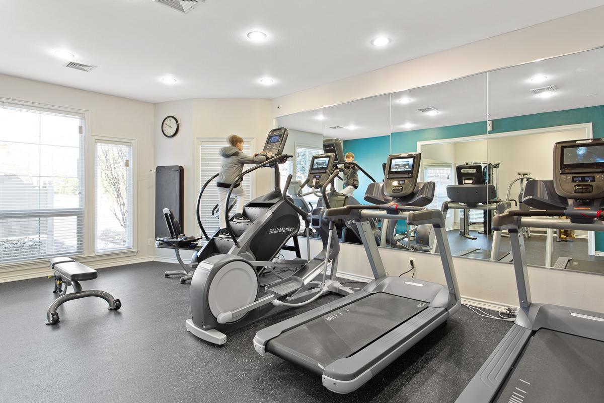 Fitness Center at The Jefferson at Fair Oaks Apartments in Fairfax VA
