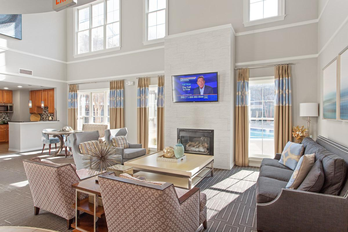 Leasing Offic at The Jefferson at Fair Oaks Apartments in Fairfax VA