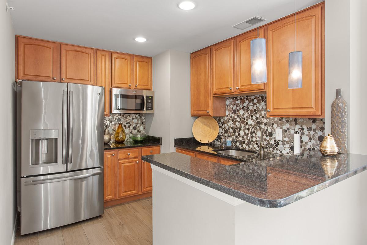 Gourmet Kitchens at The Jefferson at Fair Oaks Apartments in Fairfax VA