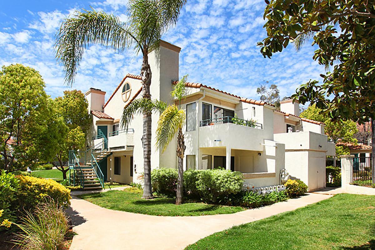 Rancho-Hillside-002.jpg