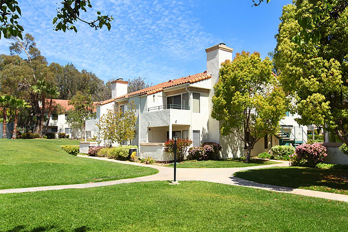 Rancho-Hillside-003.jpg