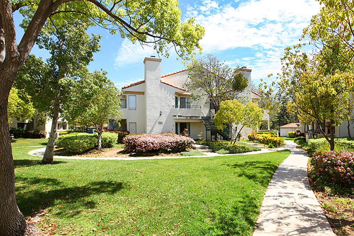 Rancho-Hillside-006.jpg