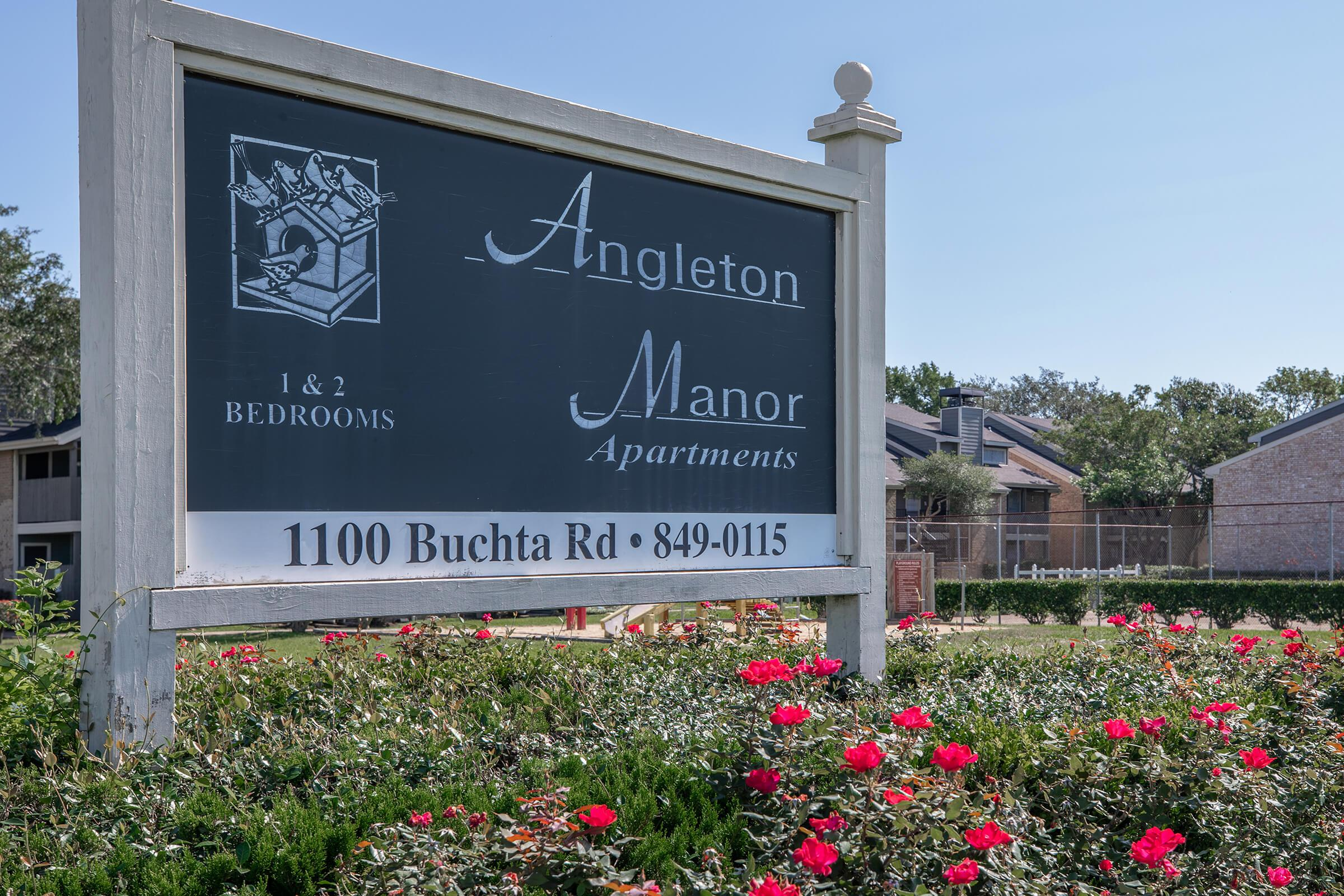 Picture of Angleton Manor