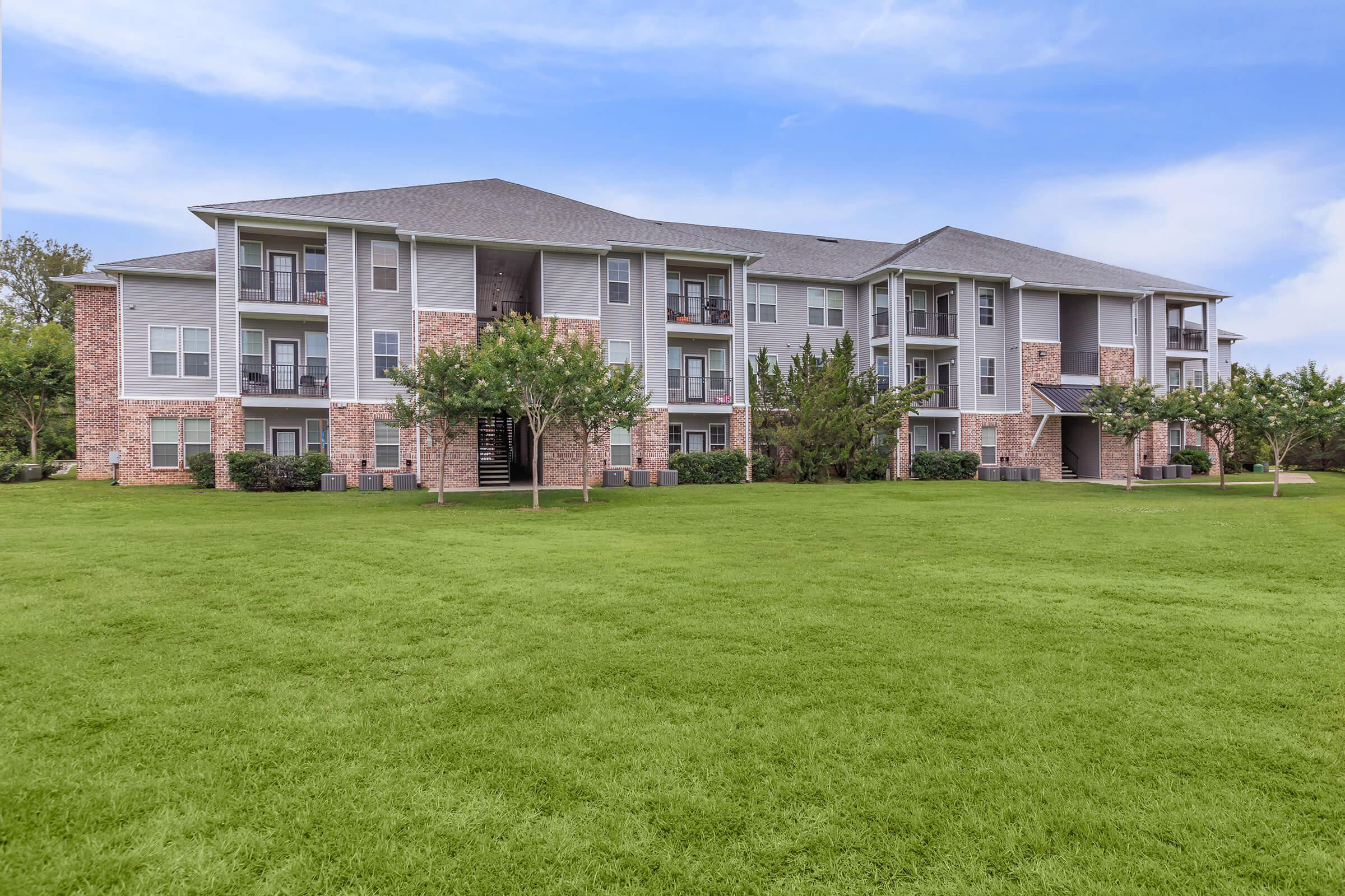 WELCOME HOME TO ARBOR LANDING ON THE RIVER.