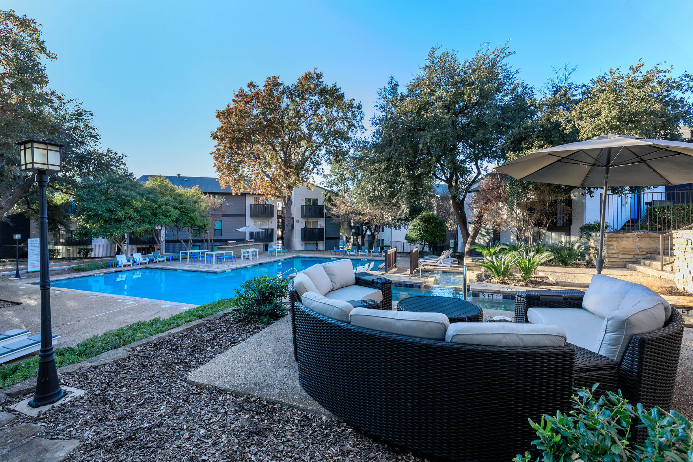 cantera creek apartments in dallas tx