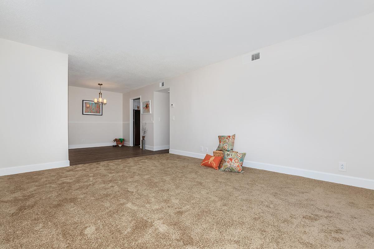2 Bed 2 Bath Apartments at Longwood at Southern Hills